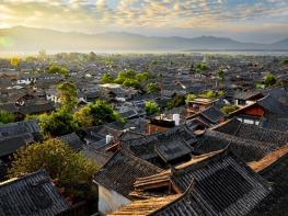 10 Days Sichuan & Yunnan Adventure Tour